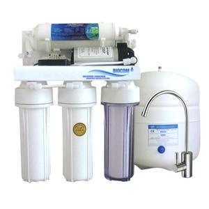 Aparat RO 102 de filtrat apă